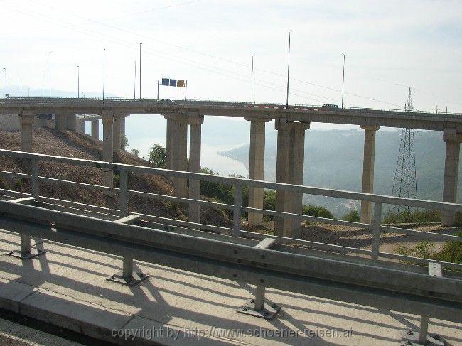 lo svincolo dell'autostrada sopra Bakar/Buccari