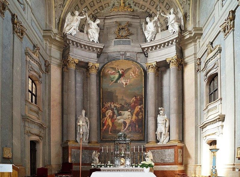 http://www.schoener-reisen.at/Bildergalerie/data/media/651/papa_kirche_zum_heiligen_stephan_2.jpg