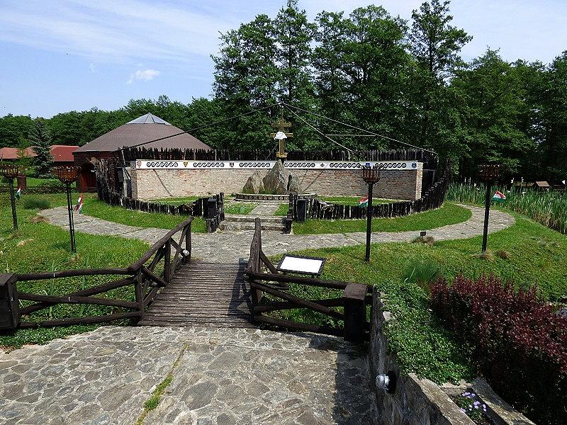 http://www.schoener-reisen.at/Bildergalerie/data/media/654/velem_milleniumspark_33_2.jpg