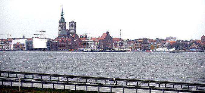 Nikon_Stralsund_001_2_680.jpg
