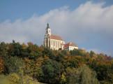 Steiermark: Wallfahrtskirche Pöllauberg im Herbst